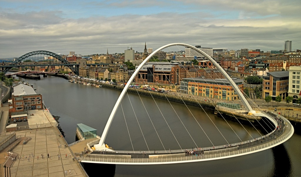Millenium bridge, Newcastle - Building Services Northern Bear